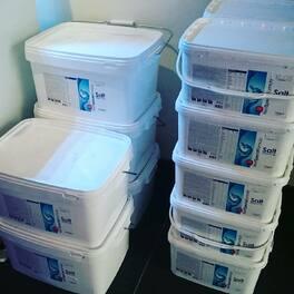 Arrivage de sel Elos au magasin .. prêt pour un changement d'eau ce week end ? . #elos #selelos #neoquarium #aquastudionice #