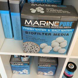 Marine pure by cermedia . Aide a développer une base de filtration biologique dans votre aquarium .